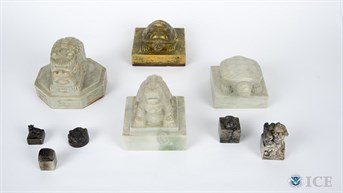 Federal Investigators Return Korean Royal Seals
