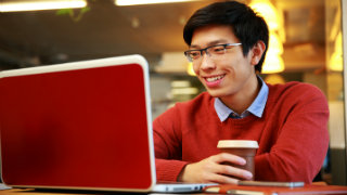 5 Questions to Ask Before Getting a Degree Online