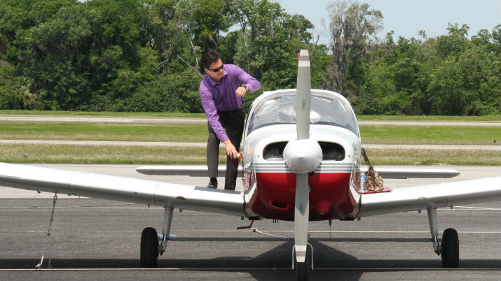 Ismael Cremer and the Florida Tech Airplane